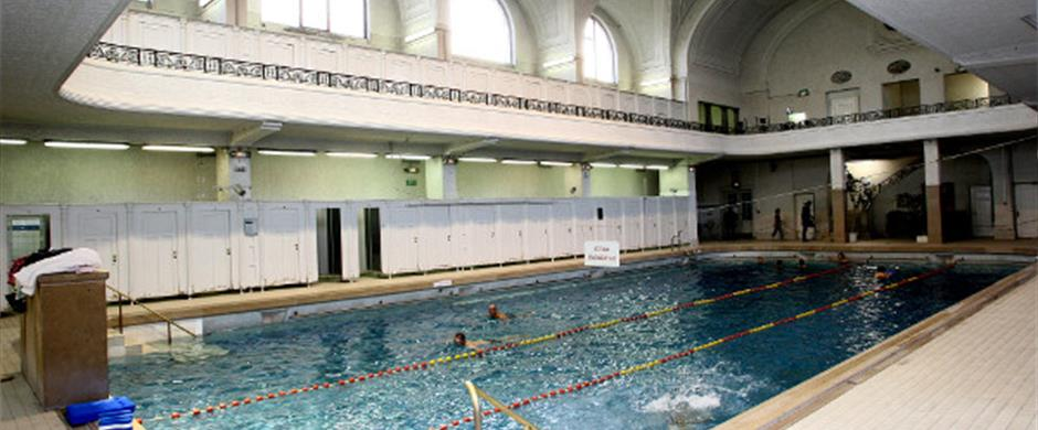 Piscine pierre marie curie for Piscine jonquilles