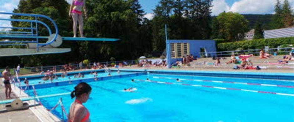 Open Air Swimming Pool Carola