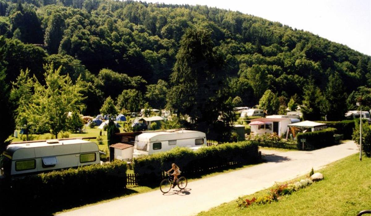 Camping les Amis de la Nature à Luttenbach - Alsace