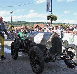 Bugatti festival on Sunday - image