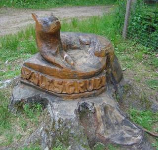 Sculpture en bois au col de la Wolfsgrube - crédits L. Gorkiewicz